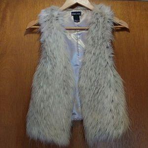 🍁 WET SEAL Animal Print Faux Fur Vest